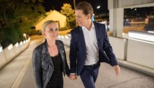 Sebastian Kurz avec sa compagne Suzanne Thier